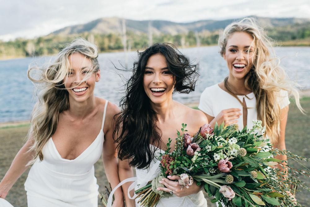 https://scenicrimbride.com.au/wp-content/uploads/2019/06/Scenic-Rim-Bride-105.jpg