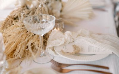 For lovers of textural, minimal wedding style