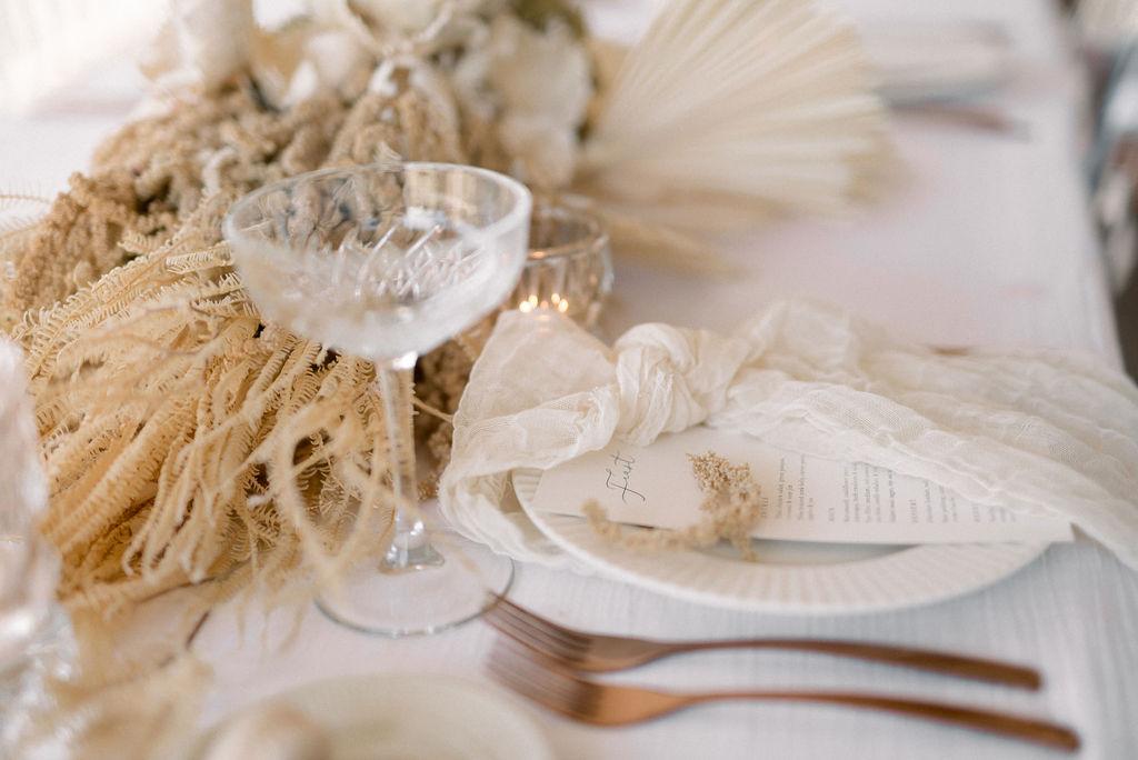 https://scenicrimbride.com.au/wp-content/uploads/2020/06/Scenic-Rim-Bride-Muted-Wedding-Palette132.jpg