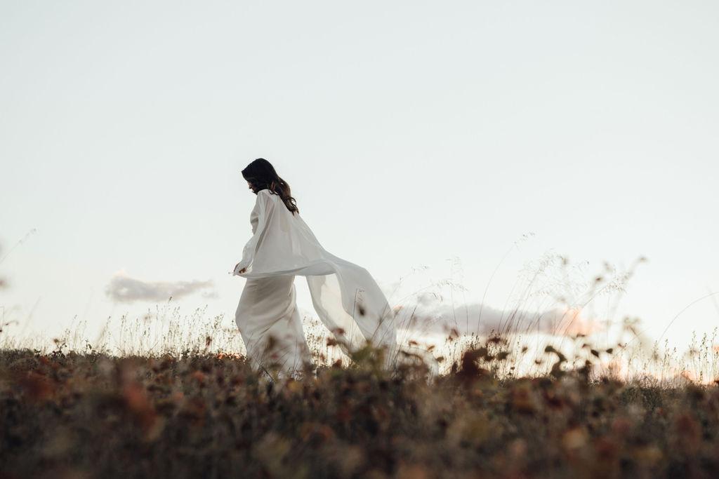 https://scenicrimbride.com.au/wp-content/uploads/2020/07/Scenic-Rim-Bride338.jpg